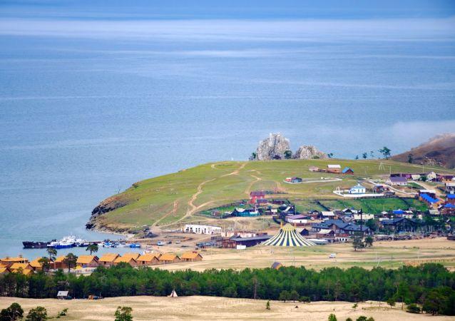 俄议员:限制贝加尔湖的客流量不合理