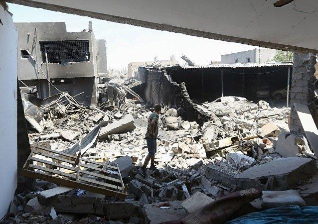 外媒:利比亚国民军空袭政府军阵地