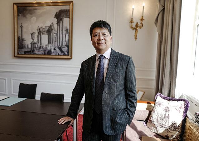 华为副董事长郭平