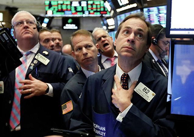 纽约证券交易所的交易员