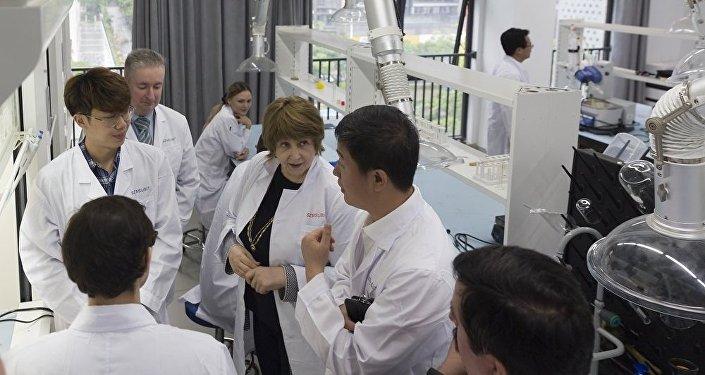 俄科學與高等教育部副部長參觀深圳北理莫斯科大學