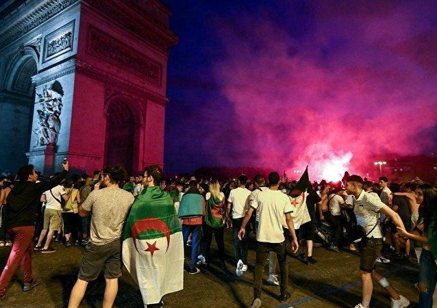 阿尔及利亚在非洲国家杯上获胜后约200人在法国被抓