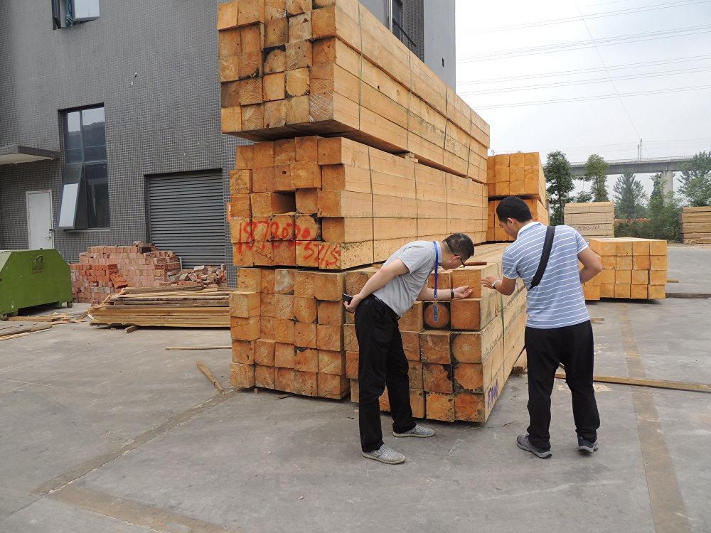 俄羅斯又一批木材湧向四川大西南建材城