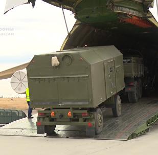 俄向土耳其运交S-400导弹