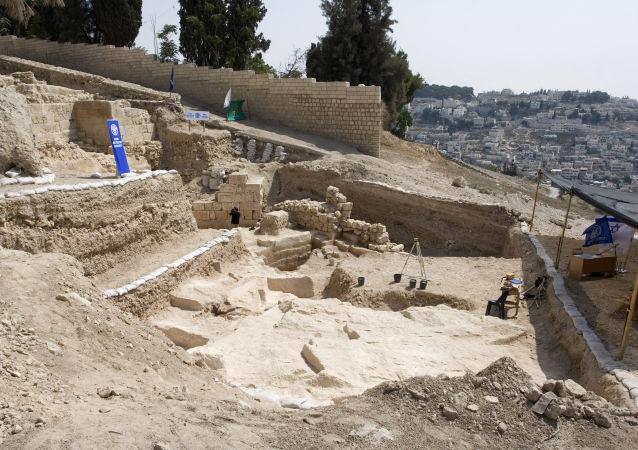 以色列考古学家在耶路撒冷挖掘出本丟·彼拉多时期的道路