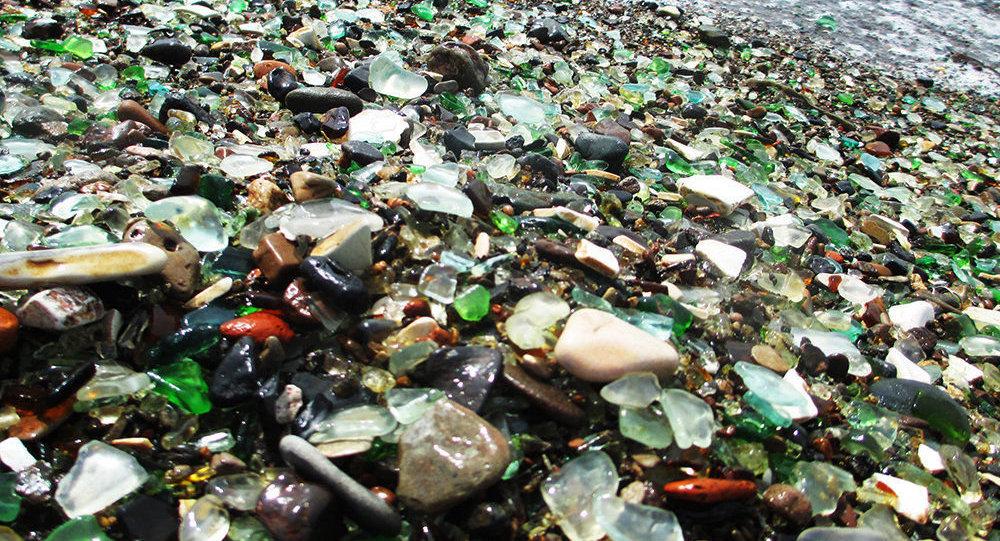 媒體曝中國遊客正在毀滅符拉迪沃斯托克玻璃灣
