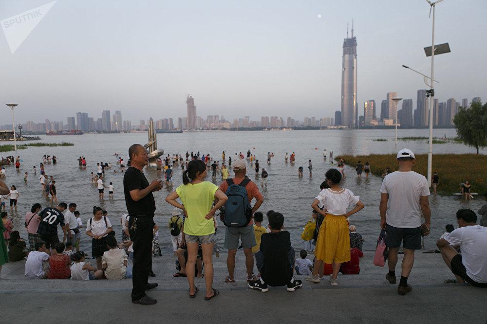 长江沿岸的中国居民,武汉