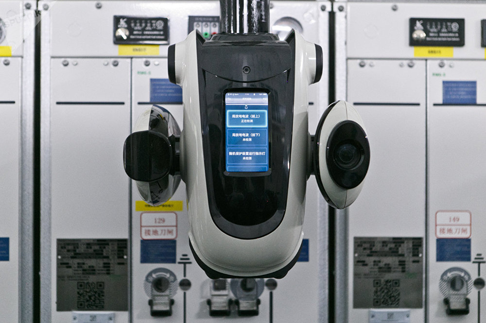 2019第七届世界军人运动会指挥中心的机器人,可远程监控塔子湖体育中心的能源供应和安全。