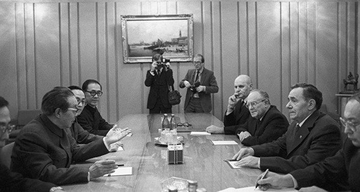 葛罗米柯见证中苏建交  中方对其表示缅怀