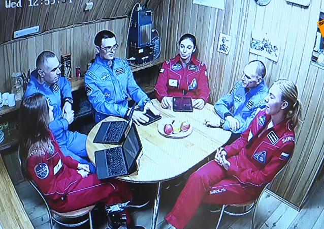 国际登月模拟实验在莫斯科圆满结束