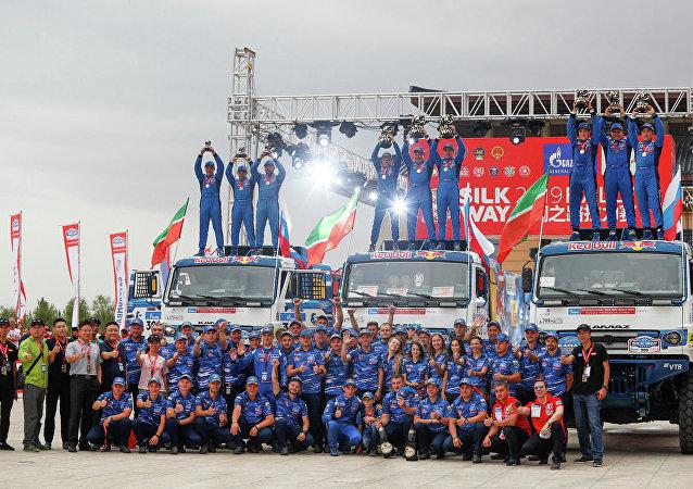 普京祝賀卡瑪茲大師車隊在絲綢之路國際拉力賽中獲勝