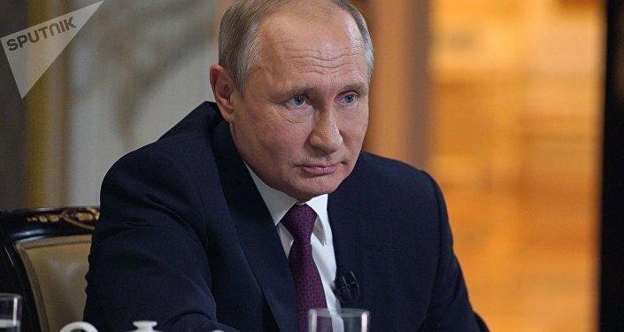 普京:俄罗斯非常担心美国和伊朗之间的对峙