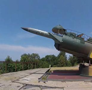 """""""马卡罗夫海军上将""""号护卫舰在黑海参加实弹射击演习"""