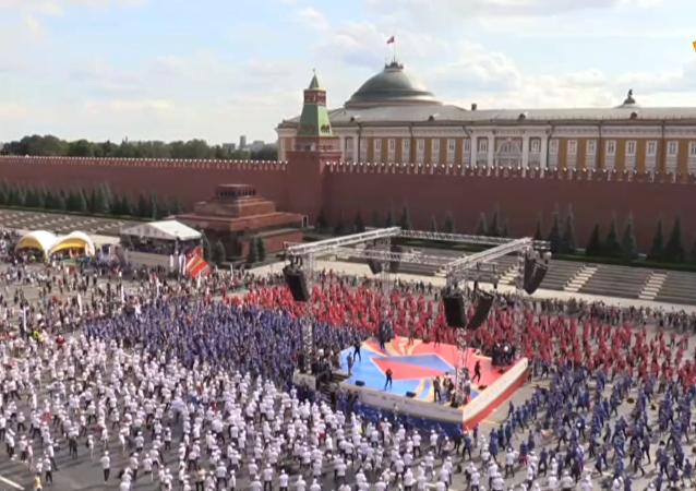 莫斯科4273人大规模拳击训练欲打破世界纪录
