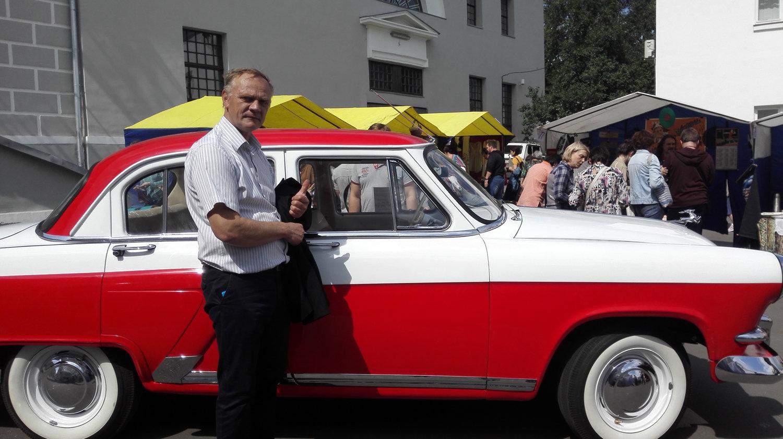 """彼得·西德罗夫认为,GAZ-21型""""伏尔加""""是最为可靠的苏联车"""