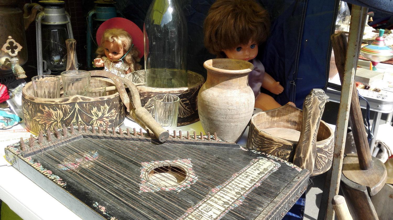 跳蚤市场上可以买到独具历史的物件
