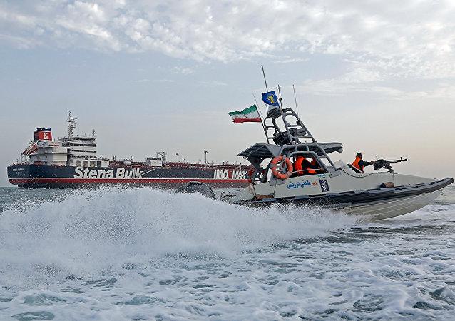媒体:伊朗证实很快将释放史丹纳帝国号油轮