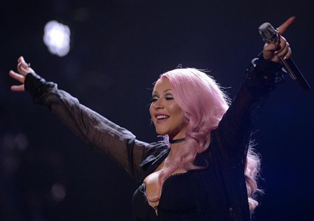 美国女歌手克里斯蒂娜·阿奎莱拉(Christina Aguilera)