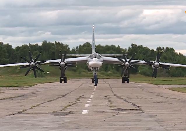 俄中兩軍在亞太地區開展首次遠程飛機聯合空中巡航