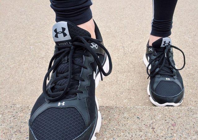 醫生介紹運動鞋不合腳會帶來哪些危害