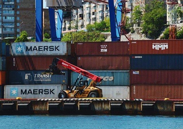 中國海關總署:1-9月中俄貿易額為801.3億美元 同比增長3.7%