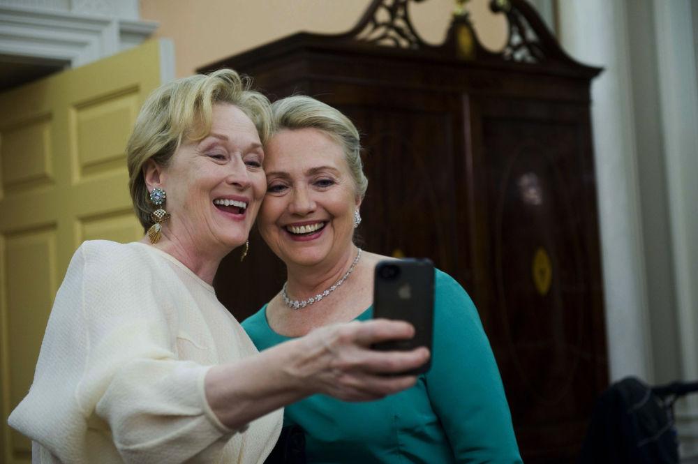 美國女演員梅麗爾·斯特里普和美國國務卿希拉里·克林頓。