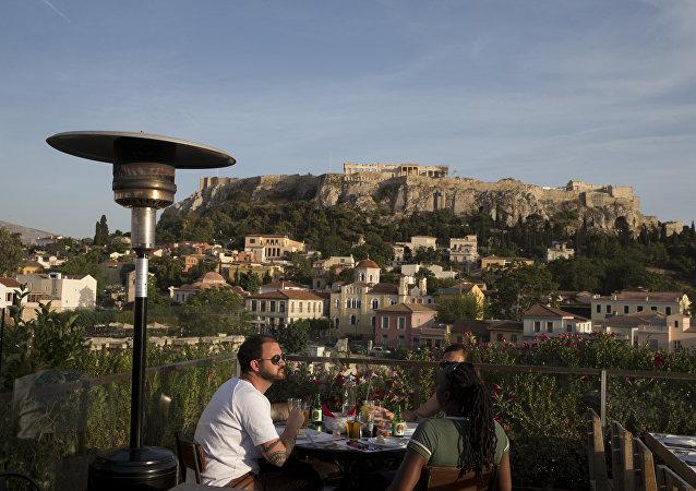 希臘餐館和酒店的廚余垃圾將被加工成動物飼料