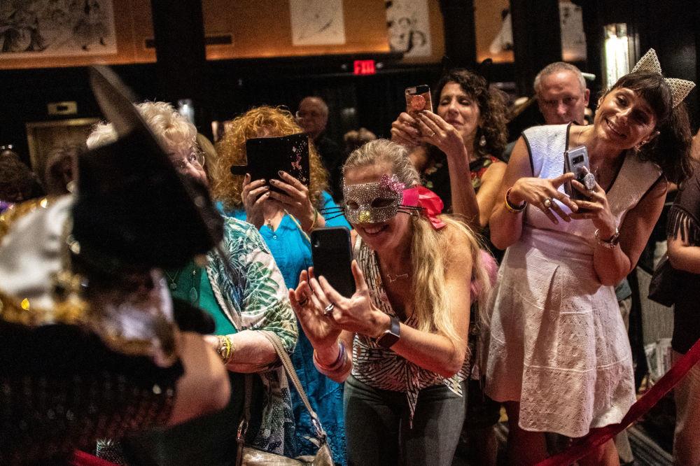 正宗貓步:紐約喵星人時裝秀