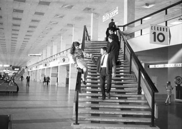 谢列梅捷沃机场通航60周年
