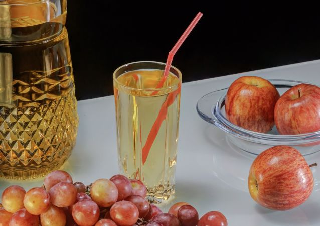 法國一豪華餐廳錯把洗碗液當飲料端給客人