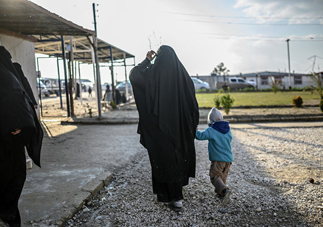 霍尔难民营