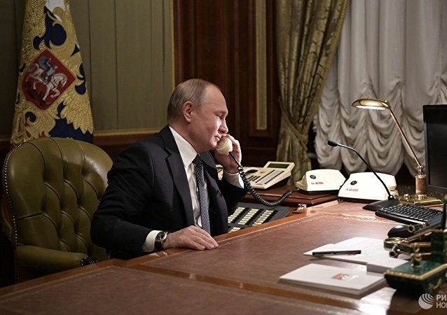 俄乌总统通电话讨论顿巴斯局势