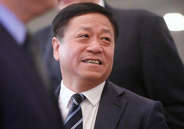 中国新任驻俄大使张汉晖向俄副外长递交国书副本