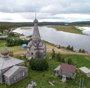 北極圈外的夏天:摩爾曼斯克的風景
