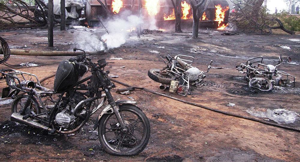 坦桑尼亚油罐车翻车起火事故已造成75人死亡