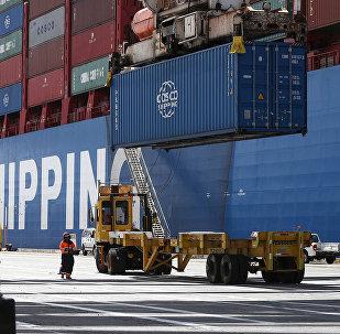 专家:中美贸易冲突升级对美国的影响未来或更大