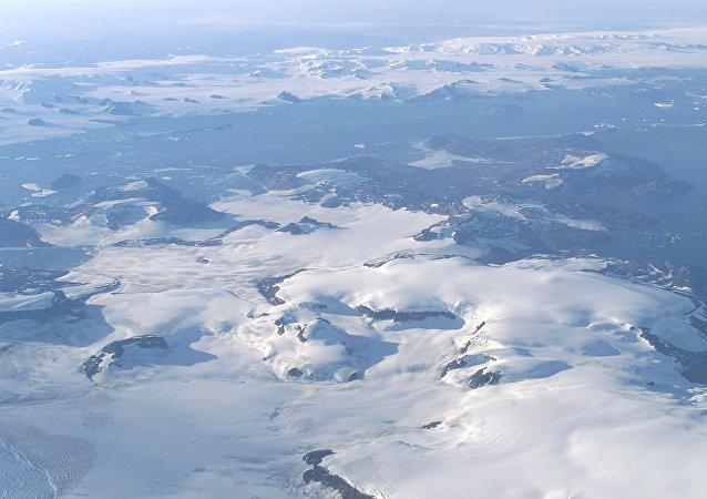 歐洲火災不是北極冰層2019年融化的原因