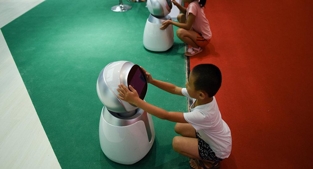 AI在教育過程中作為人工輔助工具可以被信任