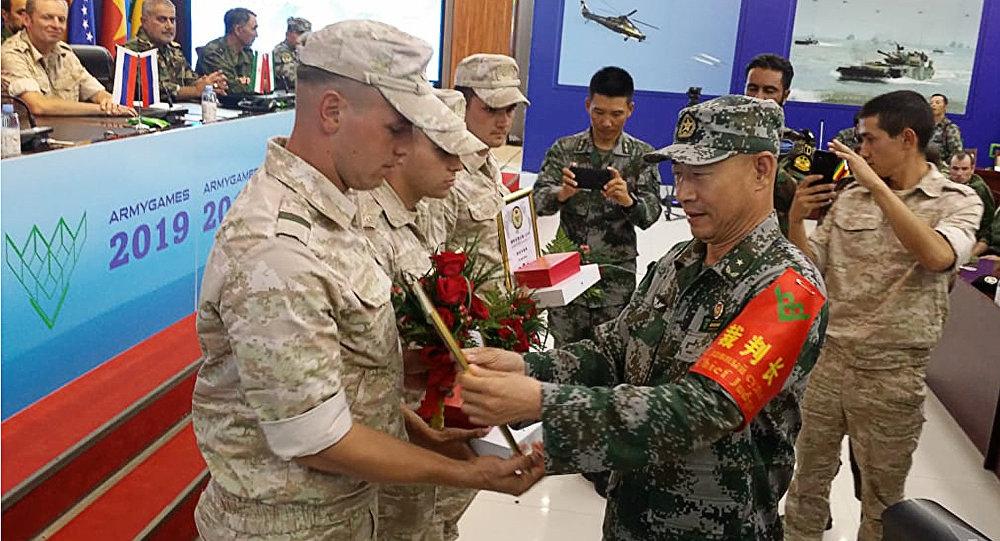 """中国军队赢得""""苏沃洛夫突击""""项目比赛全部第一"""