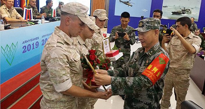 中國軍隊贏得「蘇沃洛夫突擊」項目比賽全部第一