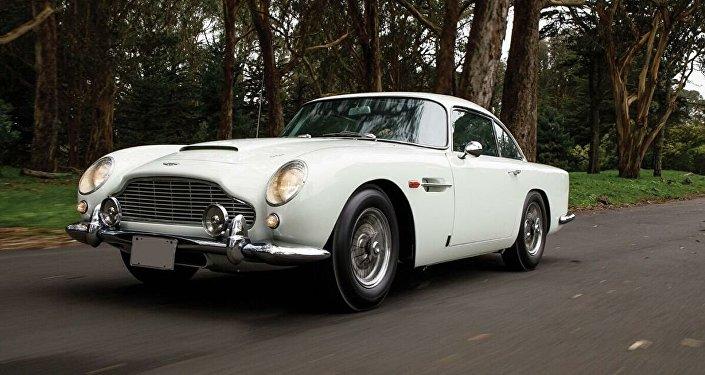 詹姆士∙邦德的车在美国拍卖会上被竞拍640万美元