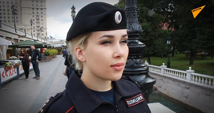 俄羅斯美女警察