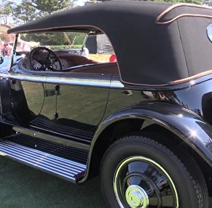 加州圆石滩优雅竞赛上的独特汽车