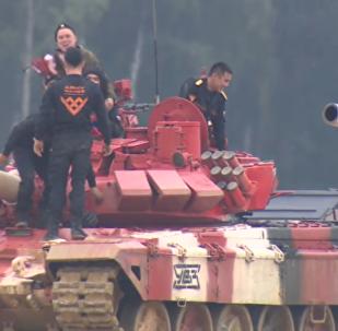 坦克两项:俄罗斯夺冠并创造新记录