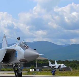 實拍米格-31戰機近太空飛行