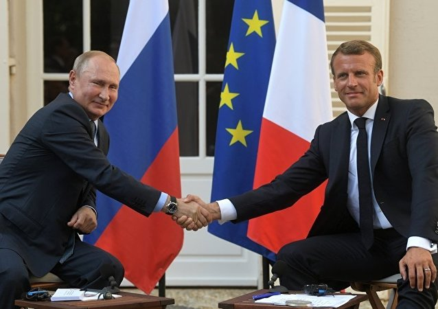 普京表示,他有意在与法国总统会晤期间就国际安全问题进行讨论