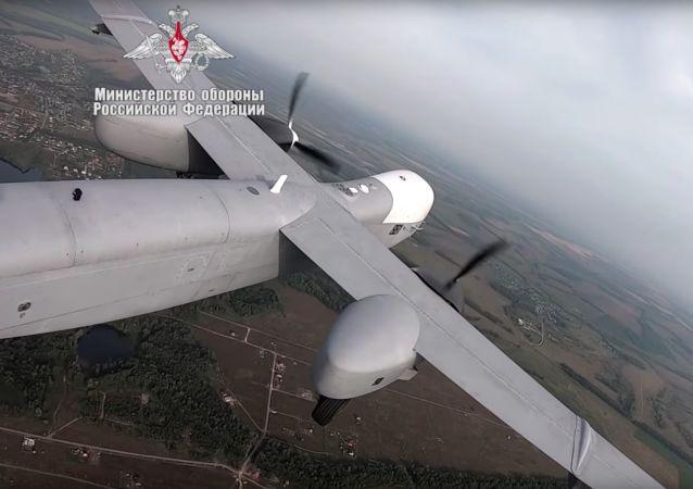 俄罗斯Altius—U重型无人机首飞(视频)