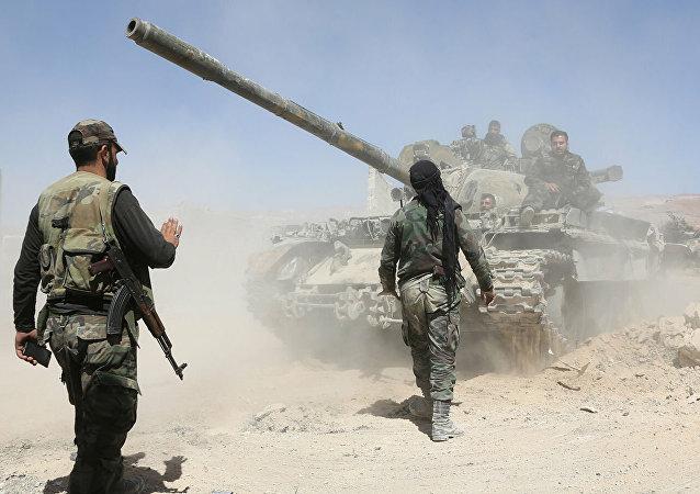 叙政府军进入IS成员家属营所在的艾因伊萨市
