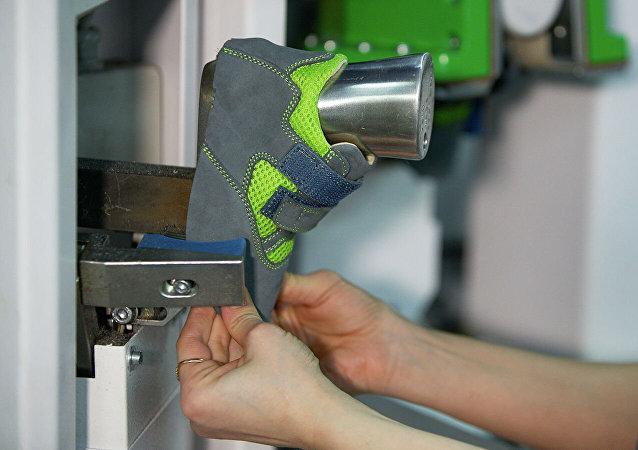 莫斯科企業將向中國甘肅康供應兒童矯形鞋