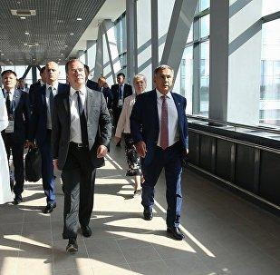 俄总理:美国对华为施压使中国开发自己的操作系统